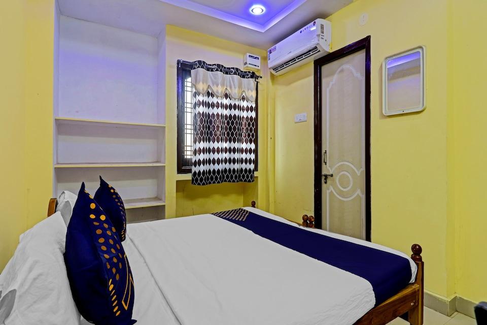 SPOT ON 73434 Sharavana Lodge
