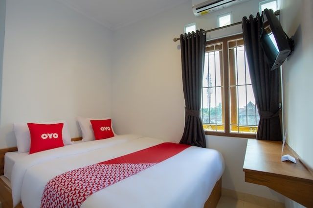 OYO 3707 Halona Guesthouse