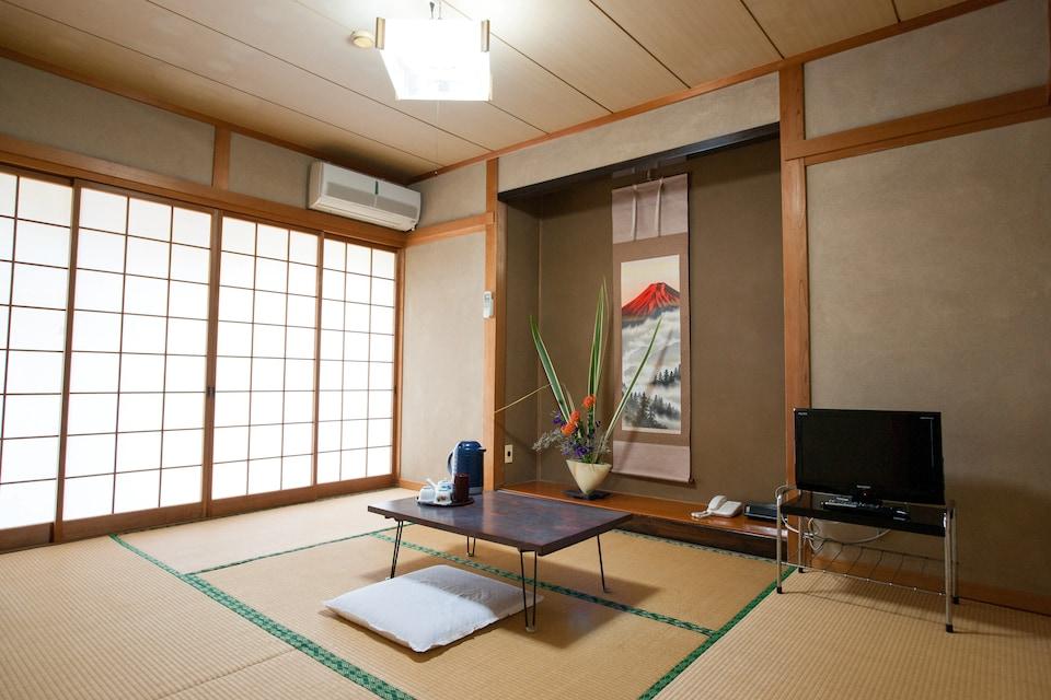OYO 44797 Fukuya, North Saga, Saga