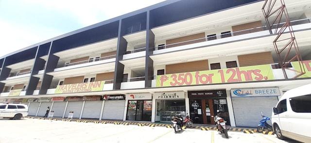OYO 641 Traveller's Inn Matina Pangi
