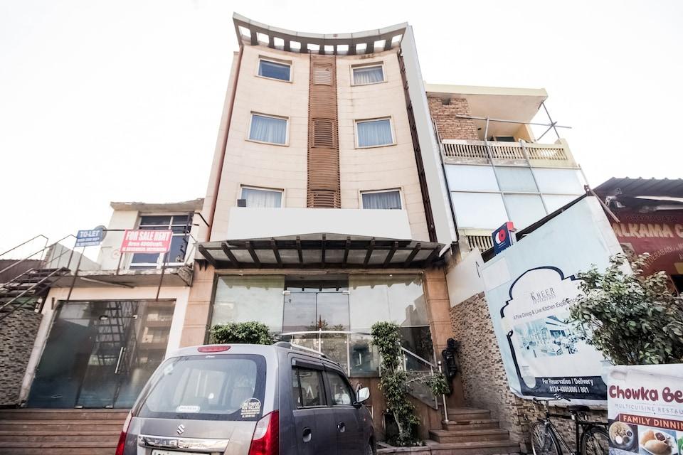 Capital O 73515 Surya Kiran Inn 2, Sohna Road, Gurgaon
