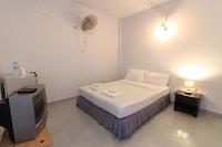 OYO 1033 Saladan Beach Resort