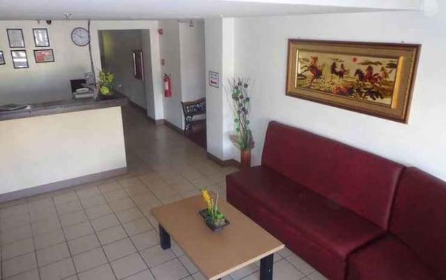 OYO 662 Paradise Apartelle-malinta