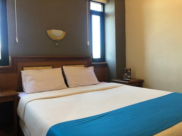 OYO 3793 Cihampelas Hotel 2