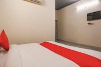 OYO 73928 Classic Residency