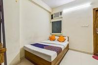 SPOT ON 74022 Bl Residency Shubham