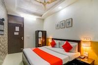 OYO 74060 Taj Residency