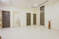 OYO Flagship 64557 Sourabh Vrindavan Palace Colony