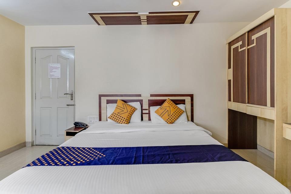 OYO 74173 Shree Ganesh Regency, Basvangudi Bangalore, Bangalore