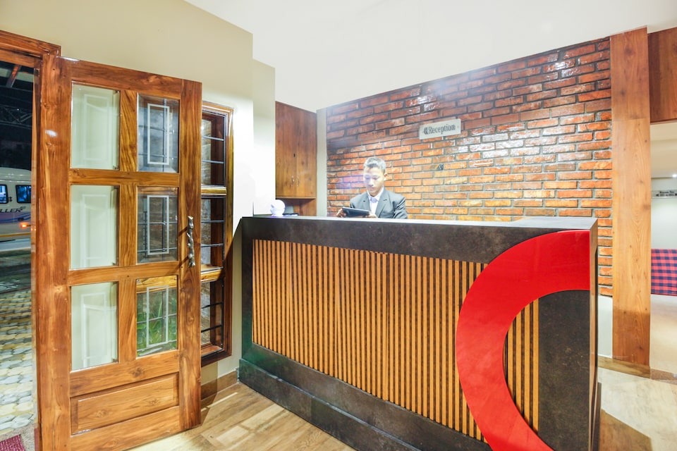 Collection O 39702 Hotel Parnil Residency