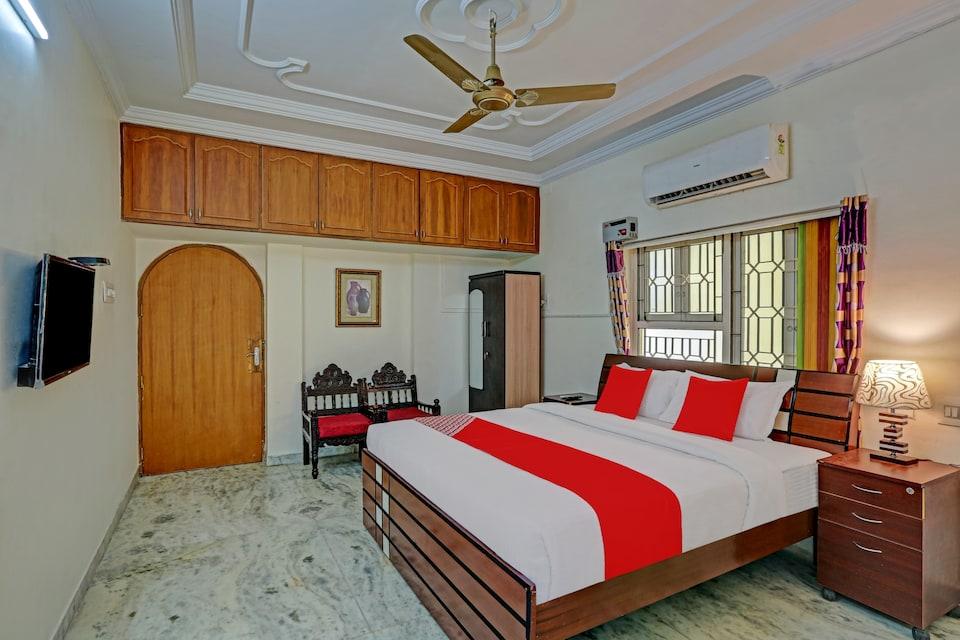 OYO 74240 Shameer Lodge