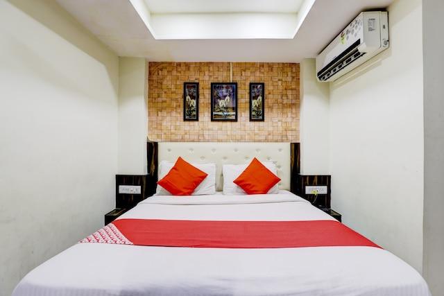 OYO 74361 Hotel Gitanjali Inn