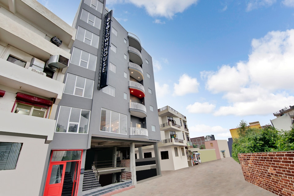 OYO Townhouse 204 Sector 49