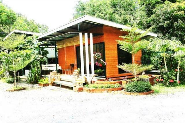 OYO 1105 Lawan Garden Resort
