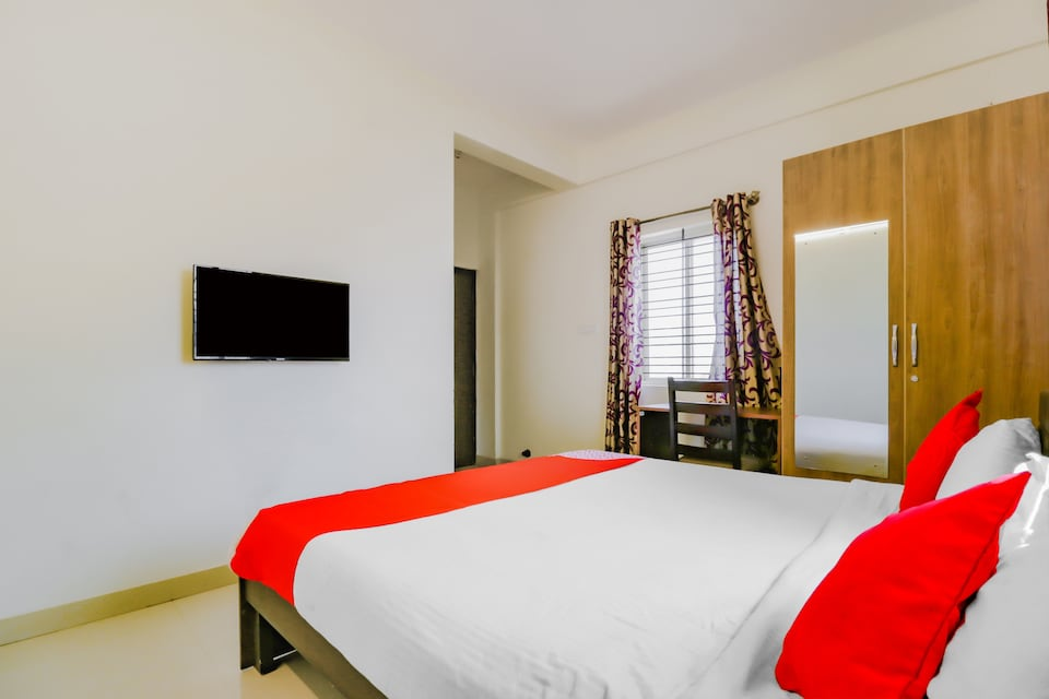 OYO 74546 Manyata Bliss Inn