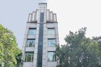 Capital O 74586 Lakme Executive