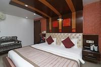 OYO 74602 Holiday Resort