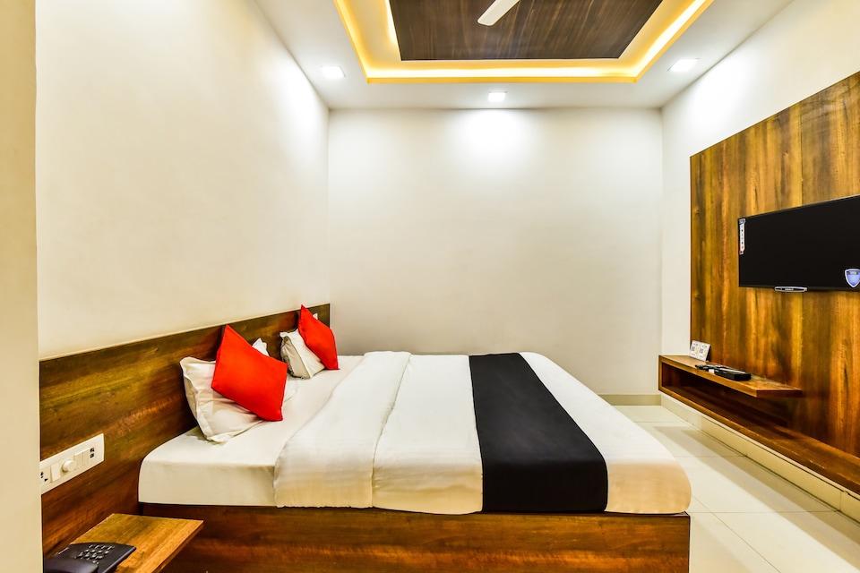 Capital O 74609 Raj Hari Hotel & Restaurant