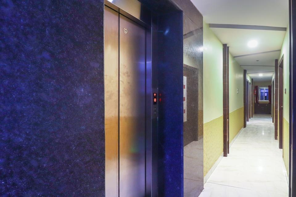 OYO Flagship 74639 Hotel Aman Palace, Firayalal, Ranchi