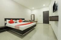 OYO 74642 Hotel Rajmandir