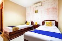 SPOT ON 3858 Elsana Transit Hotel