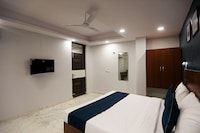 SilverKey Executive Stays 39733 Rc164 Noida-62