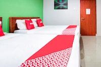 OYO 3876 The Aurora Inn Lembang
