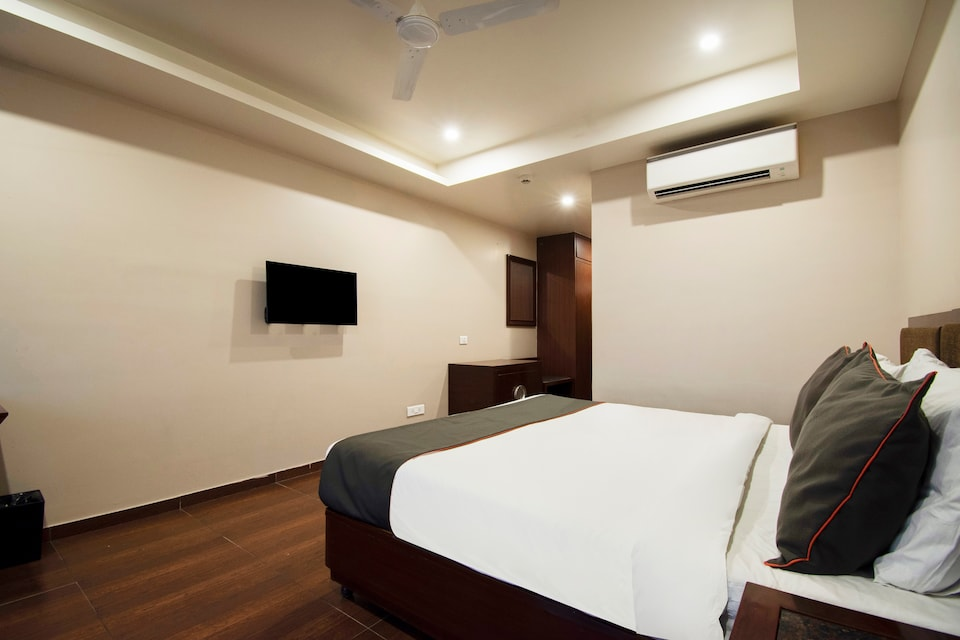 Oyo Townhouse  132 Hotel The Grand, Mansarovar, Jaipur