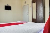 OYO 74918 Infinity Inn