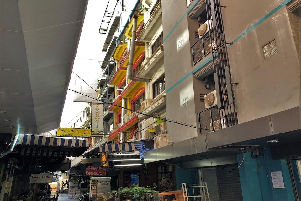 OYO 1146 Paris In Bangkok