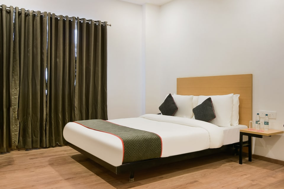 OYO Townhouse 217 The Awadh Airport