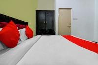 OYO 74957 Hotal Niwari House