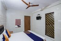 SPOT ON 74977 Dipesh Lodge
