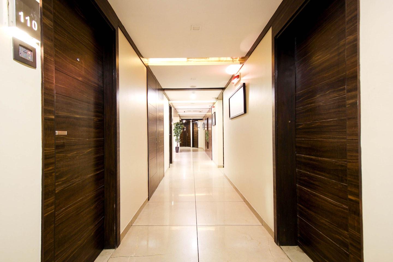 OYO 956 Armoise Hotel -1