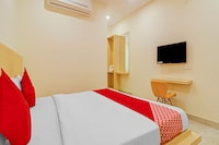 OYO HYD1502 Landcorp Hotels