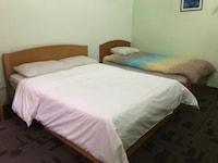 OYO 90097 Madani Muslim Hotel