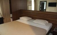 CAPITAL O 3932 Hotel Setrasari
