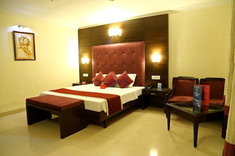 OYO 957 Hotel City Heart Premium