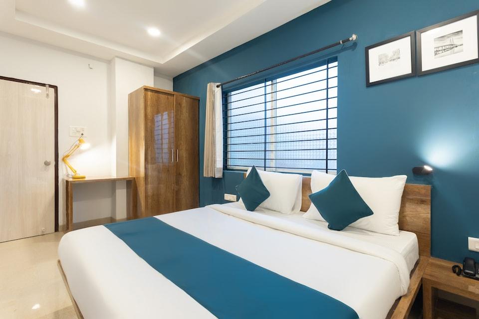 SilverKey Executive Stays 42710 Mahalaxmi Nagar, Vijay Nagar Indore, Indore