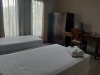OYO 3946 R Residence