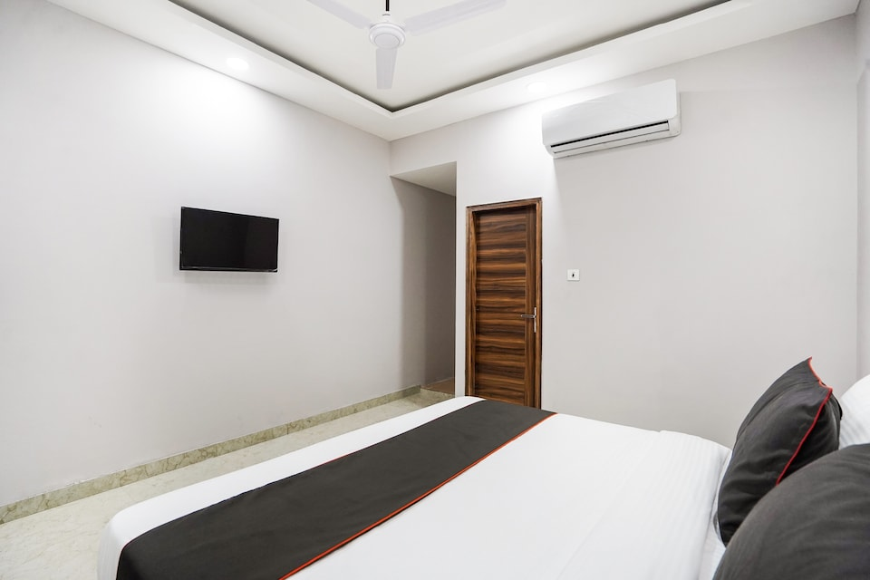 Collection O 75260 Hotel Howdy, Faridabad, Faridabad