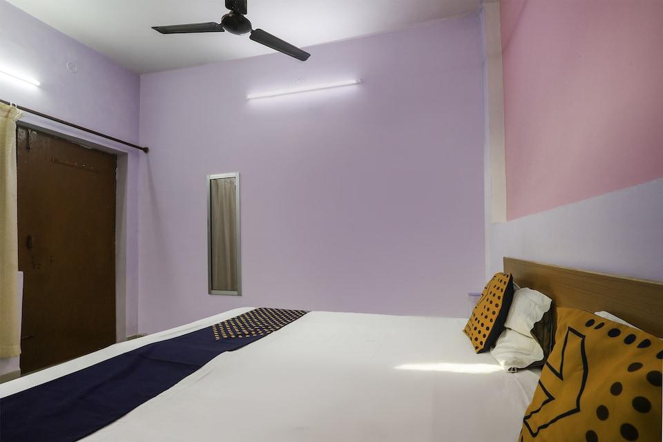 SPOT ON 75295 Hotel Panchshil Inn