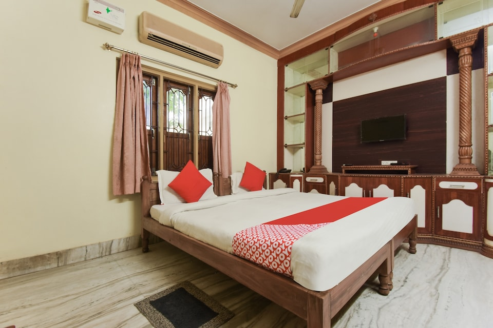 OYO 75298 Moonlight Guest House 3