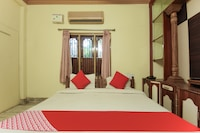 OYO Flagship 75298 Moonlight Guest House 3