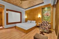 OYO Townhouse O75309 Hotel Royal Cm
