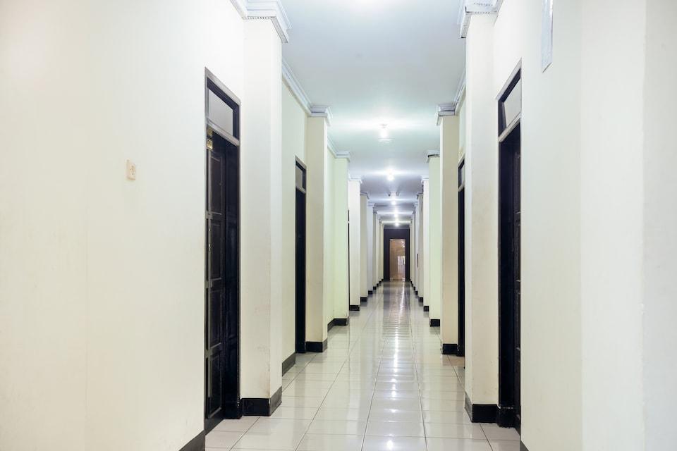 OYO 3970 Hotel La Macca Makassar, Pa Baeng Baeng, Makassar