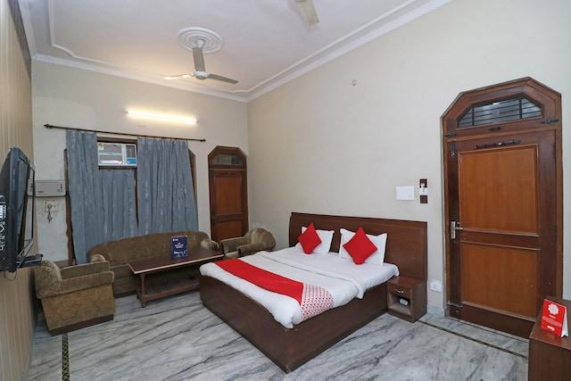 OYO 16270 Hotel Sweet Home