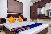 SPOT ON 75385 Hotel Richa