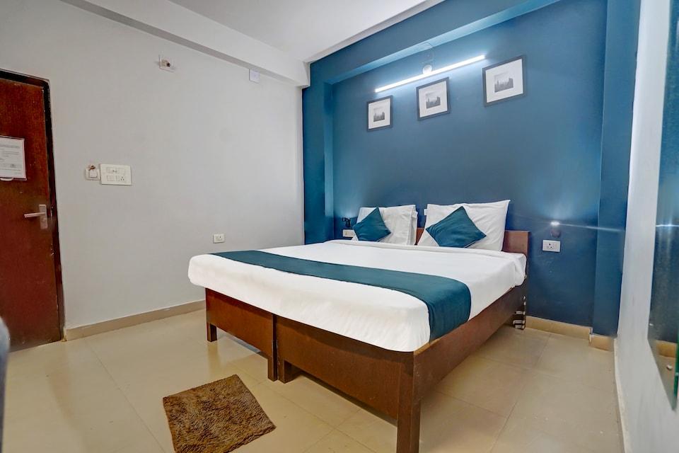 SilverKey Executive Stays 48802 Hotel Nilay