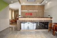 OYO 90105 Towermas Hotel